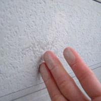 外壁塗装のチョーキング現象